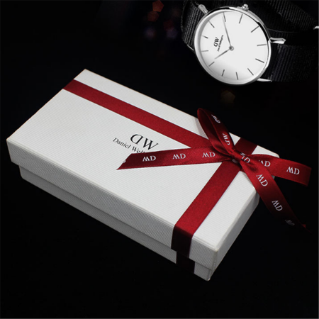 new design small white cardboard gift box packaging with lid ribbon for watch