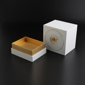 China Supplier Luxury Cosmetics Golden Emboss Paper Packaging Gift Box Packaging Boxes For Perfume Glass Bottle