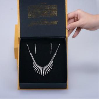 Black paper jewelry gift box for necklace