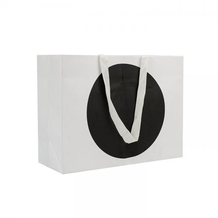 Luxury good quality rope handle clothing shopping paper packaging bag